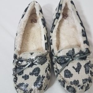 So slipper size 10